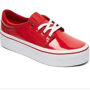 NWOB DC Trase Platform Sneakers in Red